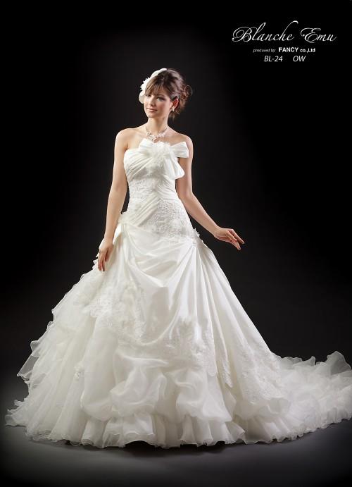 (花嫁衣裳)(カラードレスレンタル)(貸衣裳)ウエディングドレス