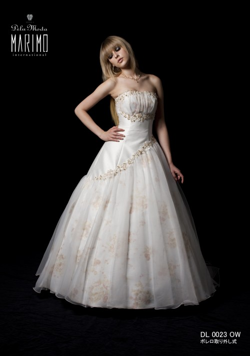 (花嫁衣裳)(ウェディングドレスレンタル)(貸衣裳)ウェディングドレス 610