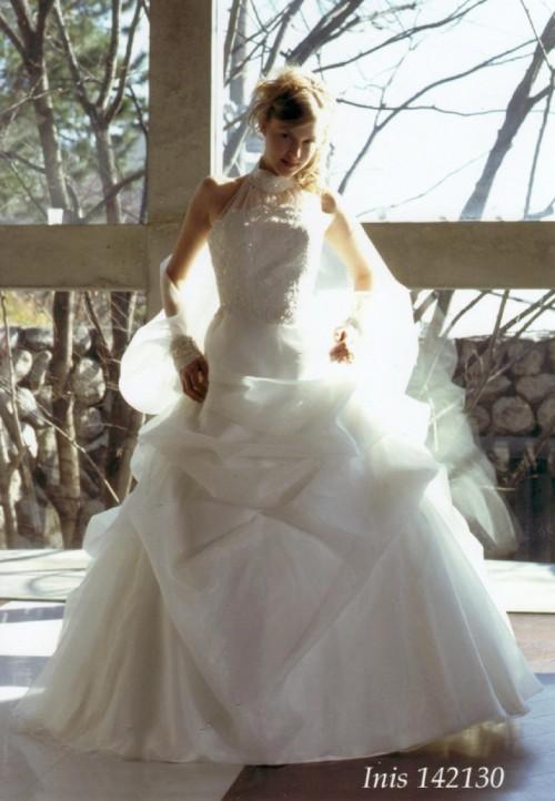 (花嫁衣裳)(ウディングドレスレンタル)(貸衣裳)ウェディングドレス 538