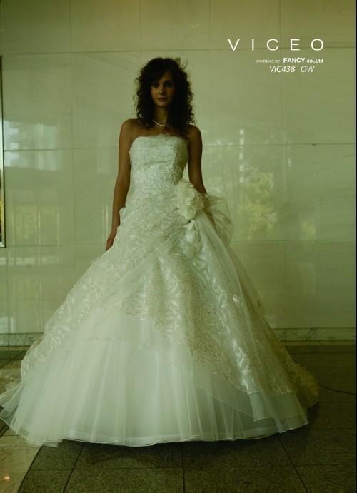 (花嫁衣裳)(ウェディングドレス)(貸衣裳)ウェディングドレス 550