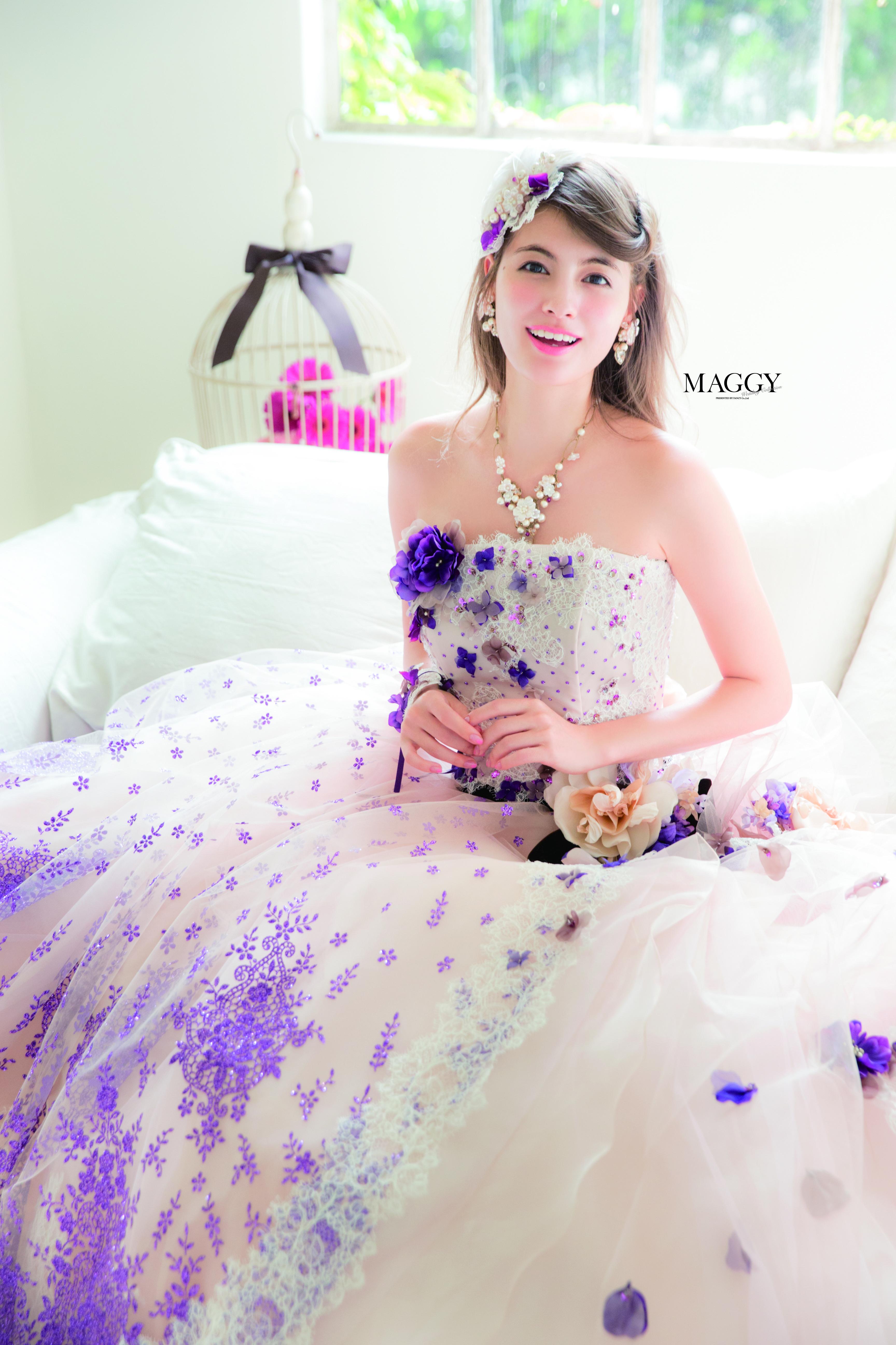 カラードレスのマギー